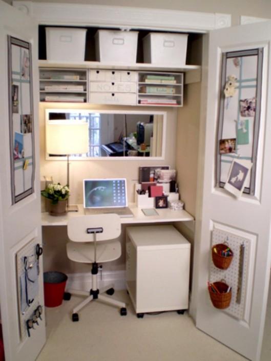 decorar-oficina-dentro-de-un-armario-768x1024